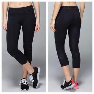 lululemon / black sheer panels crop leggings zip